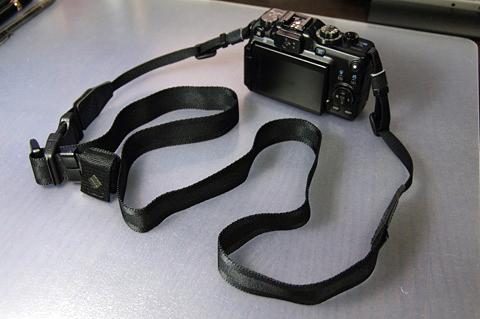 長いとき(Canon G11 + Ninja Strap 25mm)